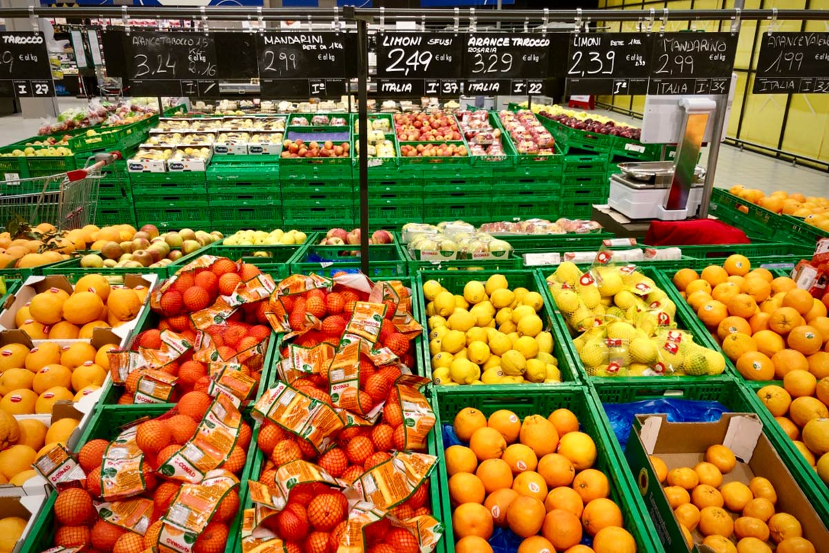 Coronavirus |  volano i prezzi di frutta e verdura  Ecco di quanto sono aumentati