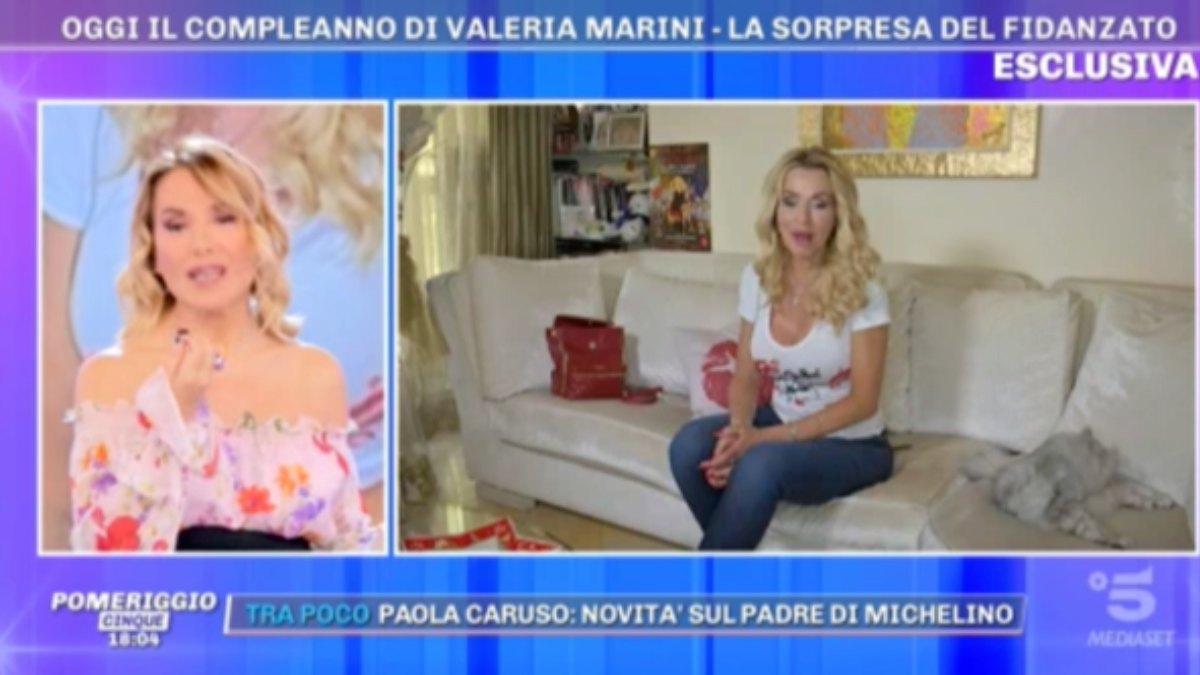 """avuto trauma cranico"""". Valeria Marini ansia Pomeriggio 5 Cosa è successo"""