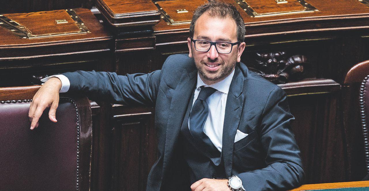 Alfonso Bonafede, spesi 10mila euro per volo di Stato da Nap