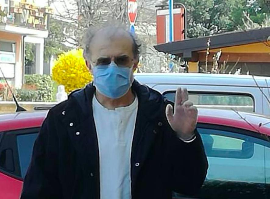 コロナウイルス、元スベルナ副首相:「80歳から取り除かれた酸素のおかげを除いて」
