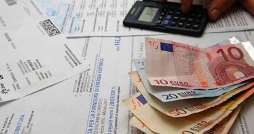 Reddito di emergenza, fino a 840 euro al mese. Domande entro il 30 giugno