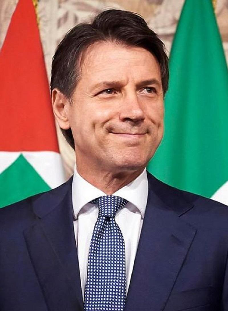 Giuseppe Conte, sorpresa in diretta ad 'Amici Speciali'. Mar