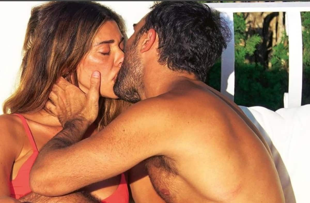 Baci bollenti tra Francesca Pascale e Paola Turci