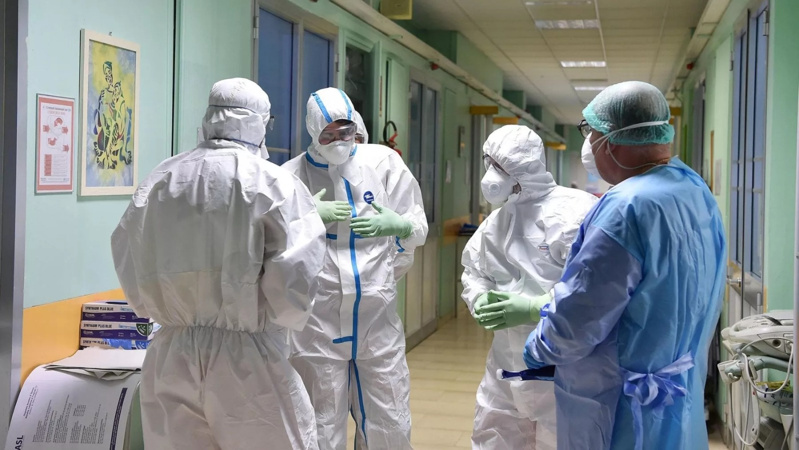 """""""Cosa sta succedendo in Italia"""". Coronavirus, i dati allarmanti dell'Istituto superiore di sanità"""