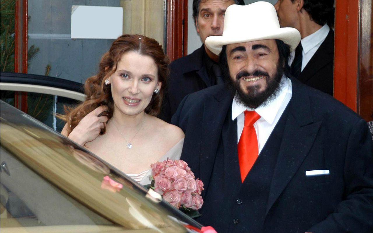 """""""Una grande gioia"""". Nicoletta Mantovani si risposa: chi è il futuro marito della vedova di Luciano Pavarotti"""