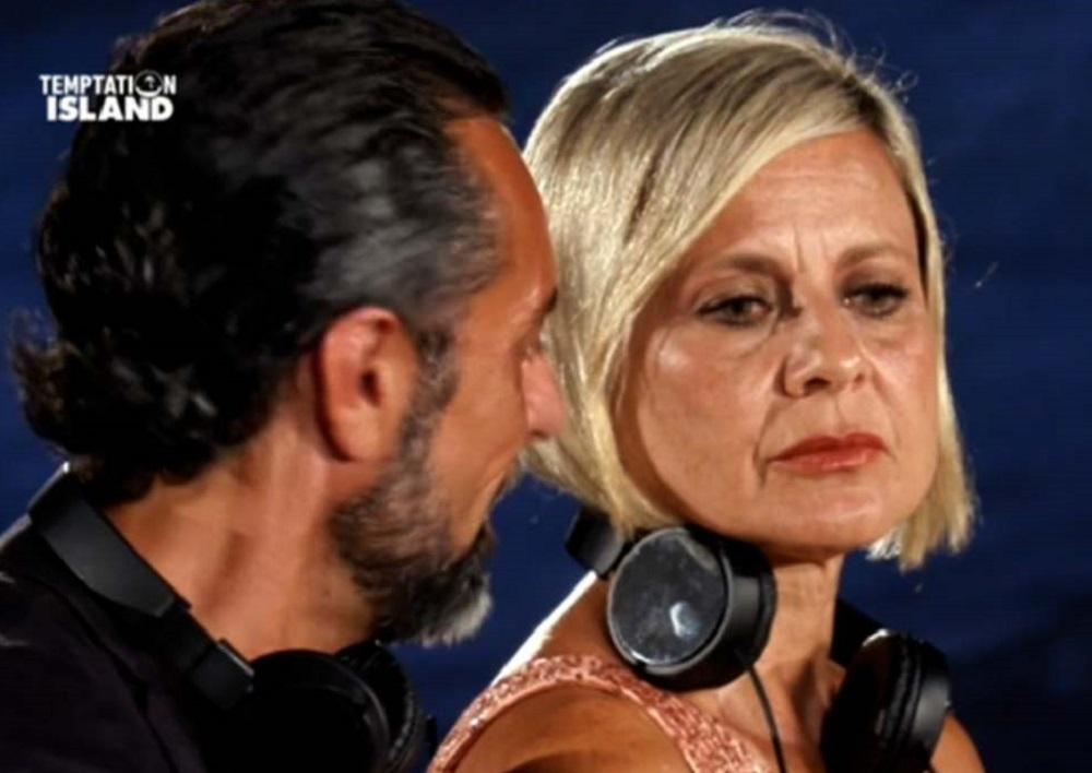 """Antonella Elia, dietrofront a poco dall'ultima puntata di Temptation Island: """"Non ho la forza…"""""""