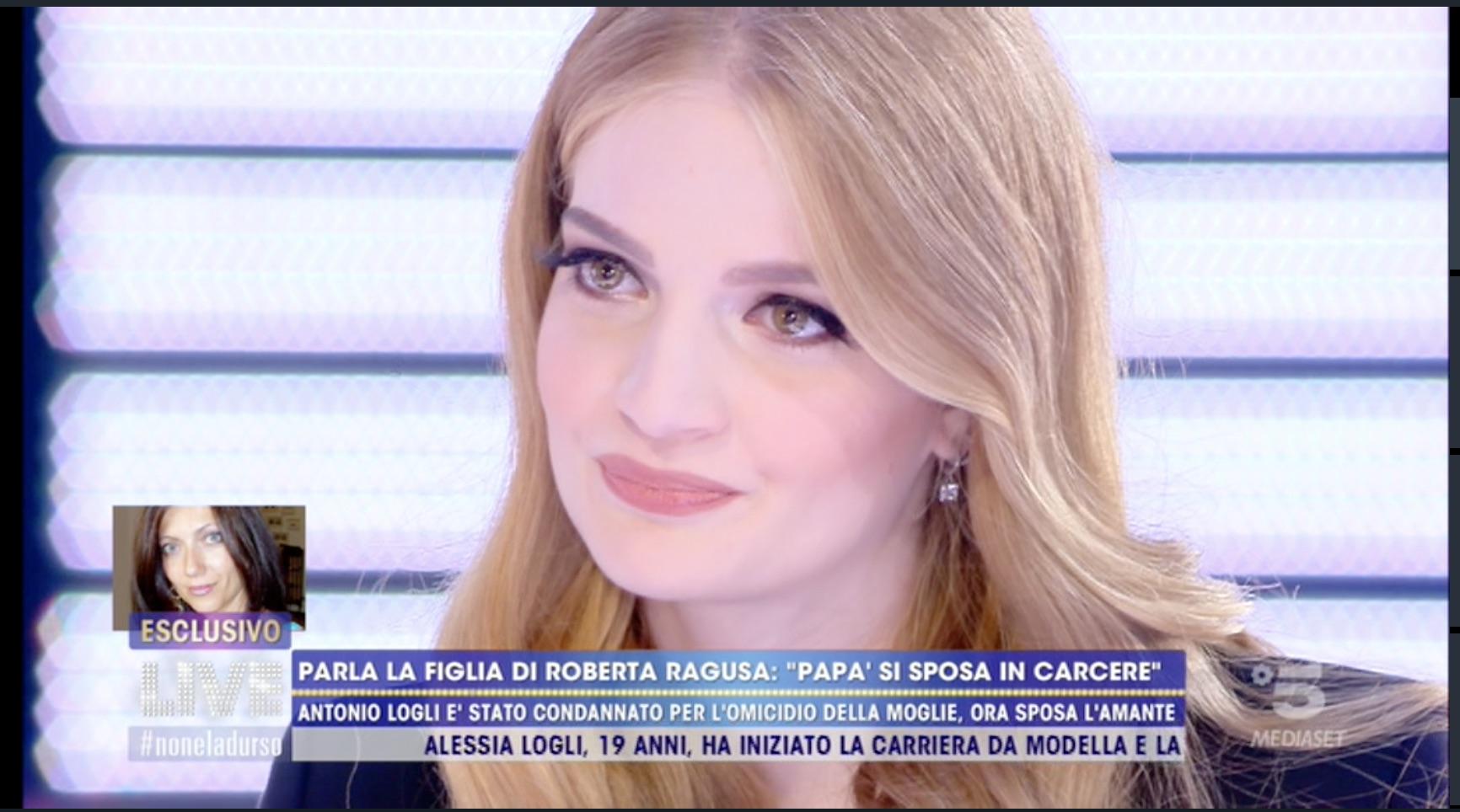 """""""Parlo ancora con mia mamma"""". Live, Barbara D'Urso si commuove con la figlia di Roberta Ragusa"""