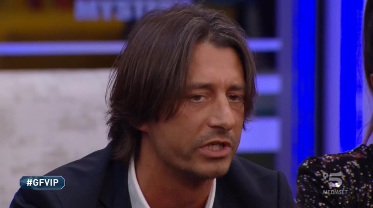 """""""Dayane? Non c'era spazio altrimenti…"""". GF Vip, Francesco Oppini lo ammette. Altro che """"bloccato"""""""
