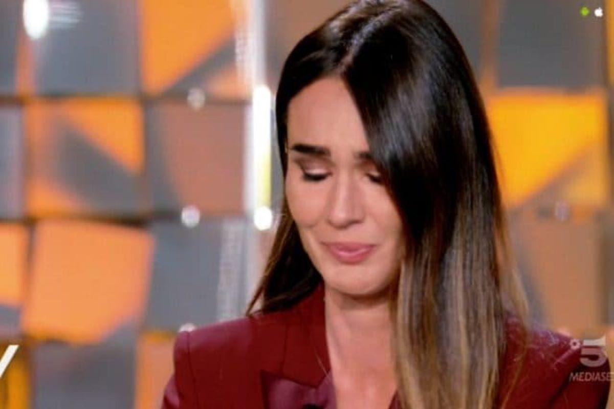 Silvia Toffanin non regge l'emozione e scoppia in lacrime a Verissimo