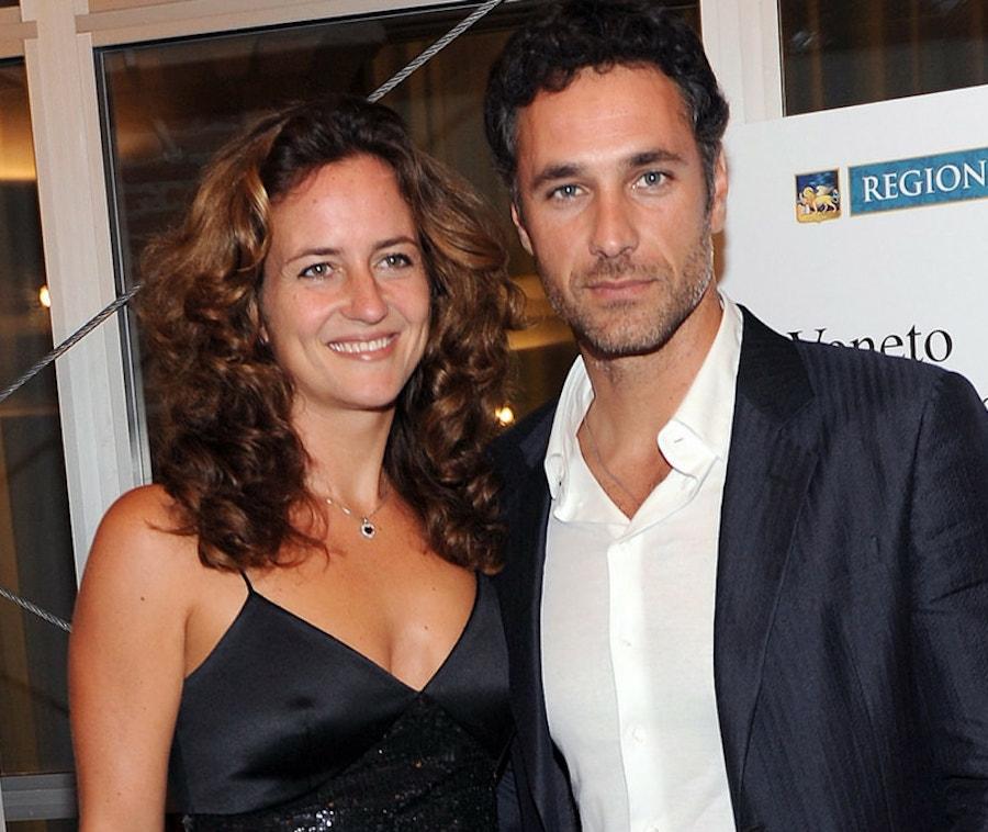 """""""E noi… due"""". Chiara Giordano ritrova l'amore. Il nuovo (giovanissimo) fidanzato è un famoso volto della Rai"""