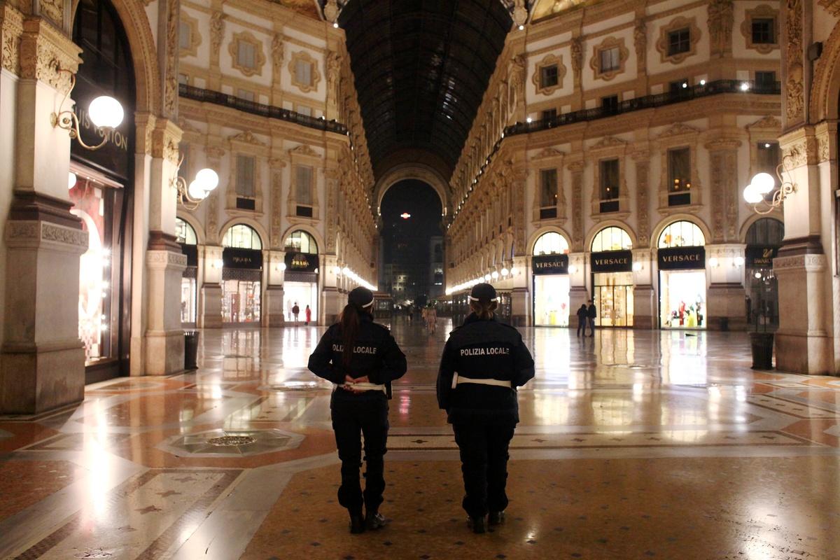 Coprifuoco in tutta Italia, chiusure alle 18. Cosa può cambiare con un nuovo dpcm