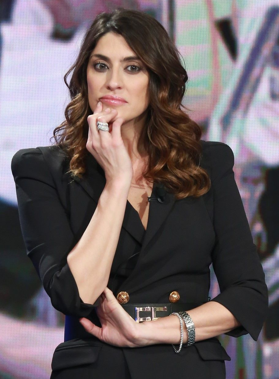 """""""Innamorata ma…"""". Chiuso Ballando con le stesse, Elisa Isoardi torna sul tema: Raimondo Todaro. E dice tutto"""