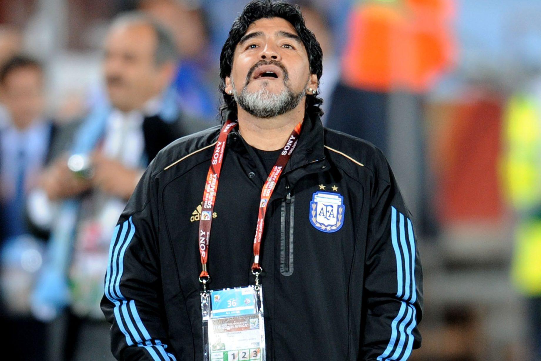 Morto Diego Armando Maradona, addio al più grande del calcio mondiale