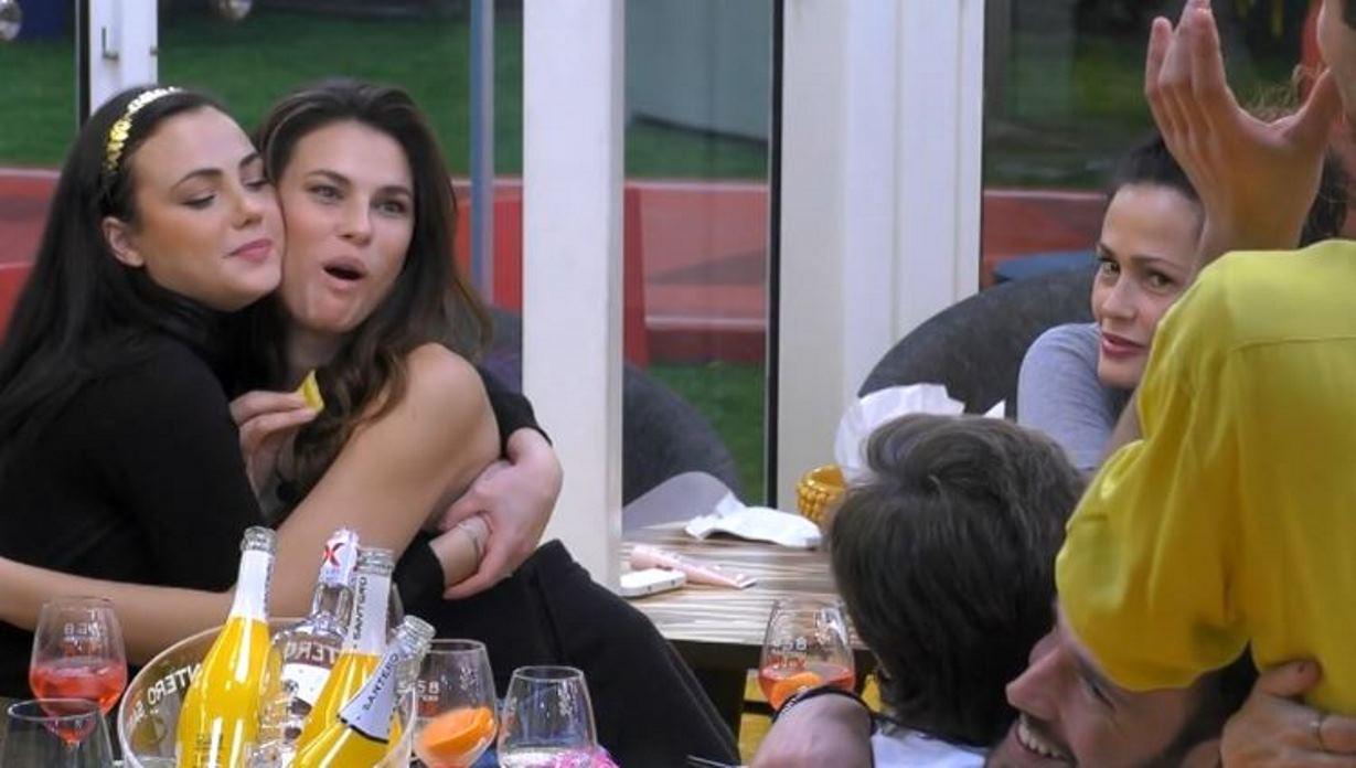 """Dayane Mello, gesto choc contro Maria Teresa Ruta al GF Vip: """"Ti devi solo vergognare!"""""""