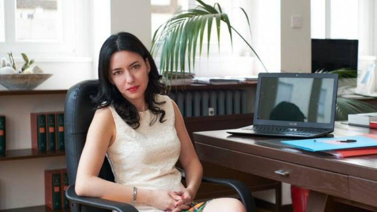 """""""Sta con lui"""". Gossip sulla ministra Lucia Azzolina: la voce sul pezzo grosso del governo"""