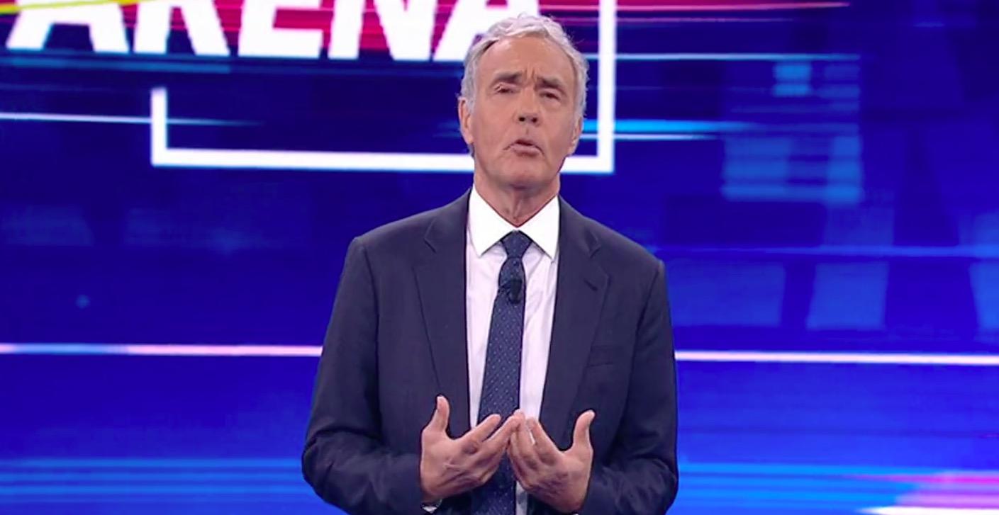 """""""Gente di m***, adesso basta!"""". Non è l'arena, parole forti in diretta. Massimo Giletti su tutte le furie"""
