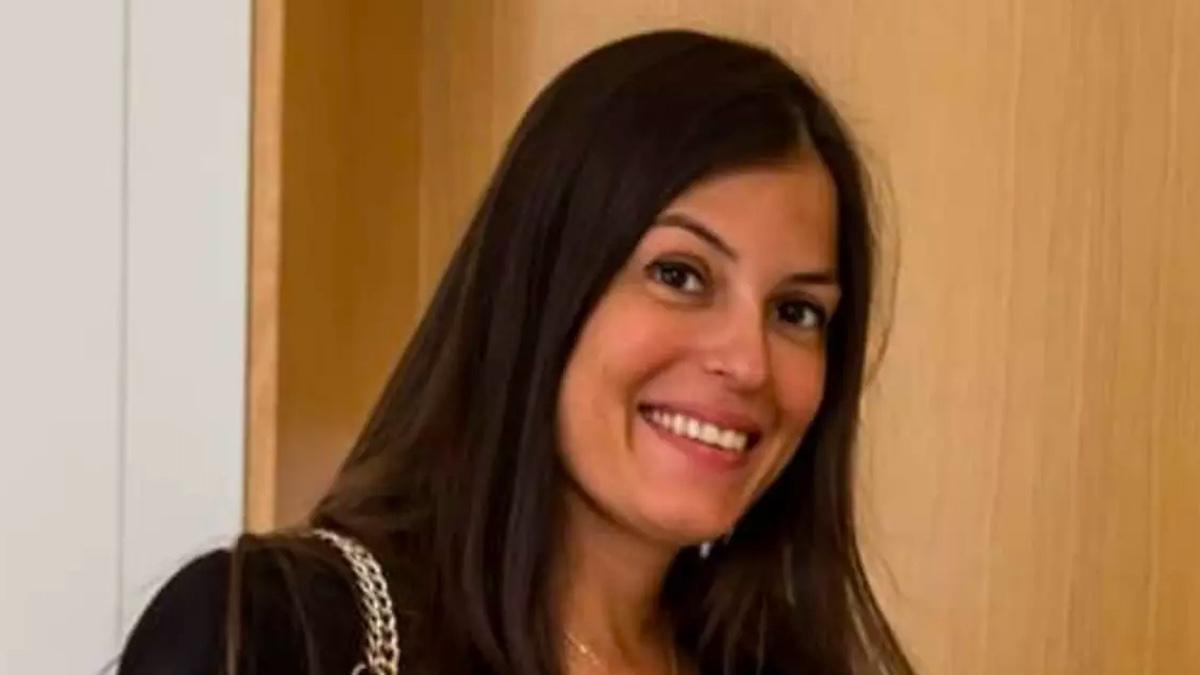 """""""Bellissima in abito da sposa!"""". Sara Tommasi, le foto del matrimonio 'segreto' e chi è il marito Antonio"""