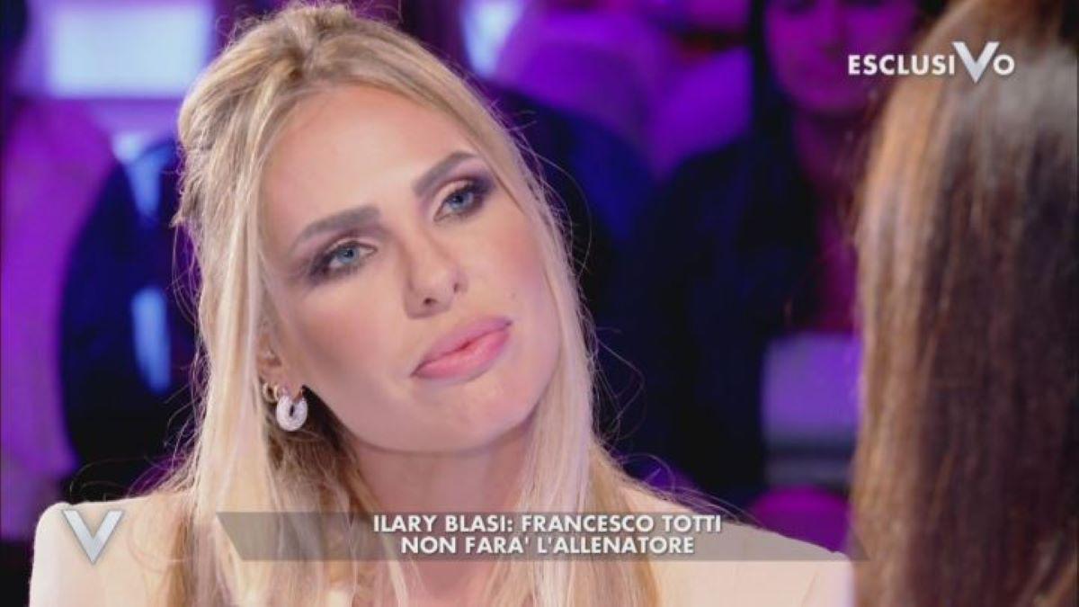 """""""Si è ritirata"""". Isola dei Famosi 2021, problema grosso per Ilary Blasi. La concorrente 'top' non parte più"""