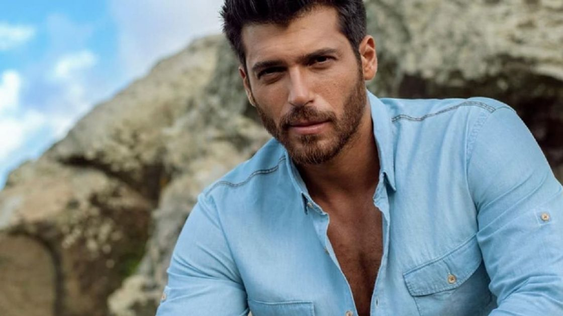 Can Yaman Capelli Lunghi Nuovo Look Foto Instagram