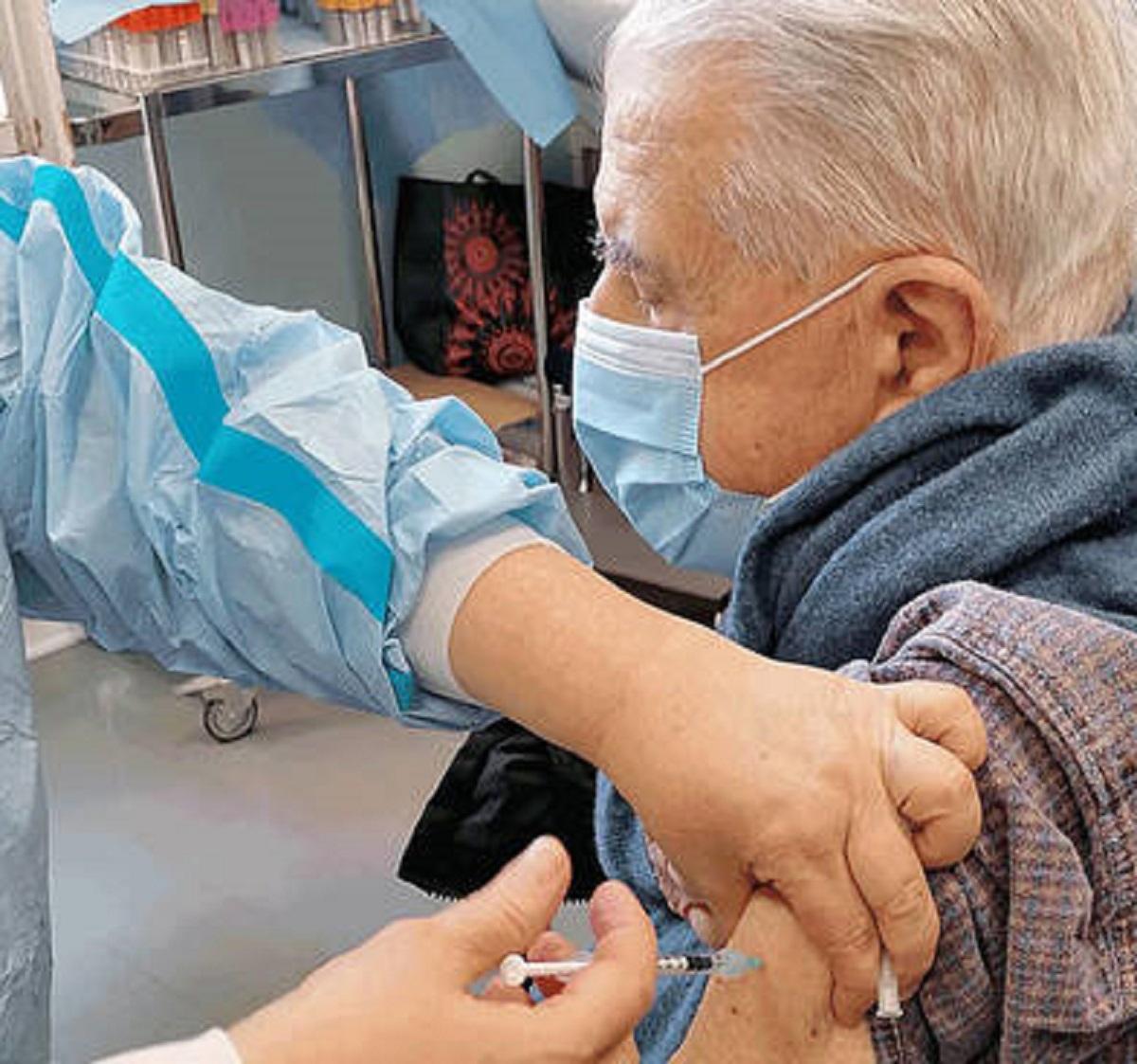 Covid Pierpaolo Sileri vaccinazione svolta 2 3 settimane