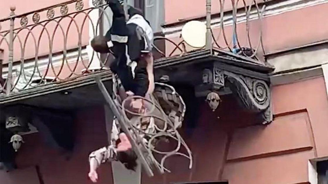 olga yevgeny lite balcone