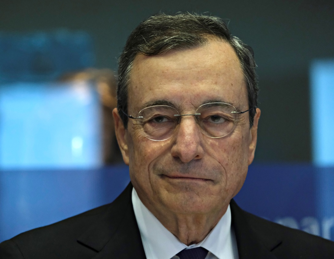 Mario Draghi coprifuoco 23