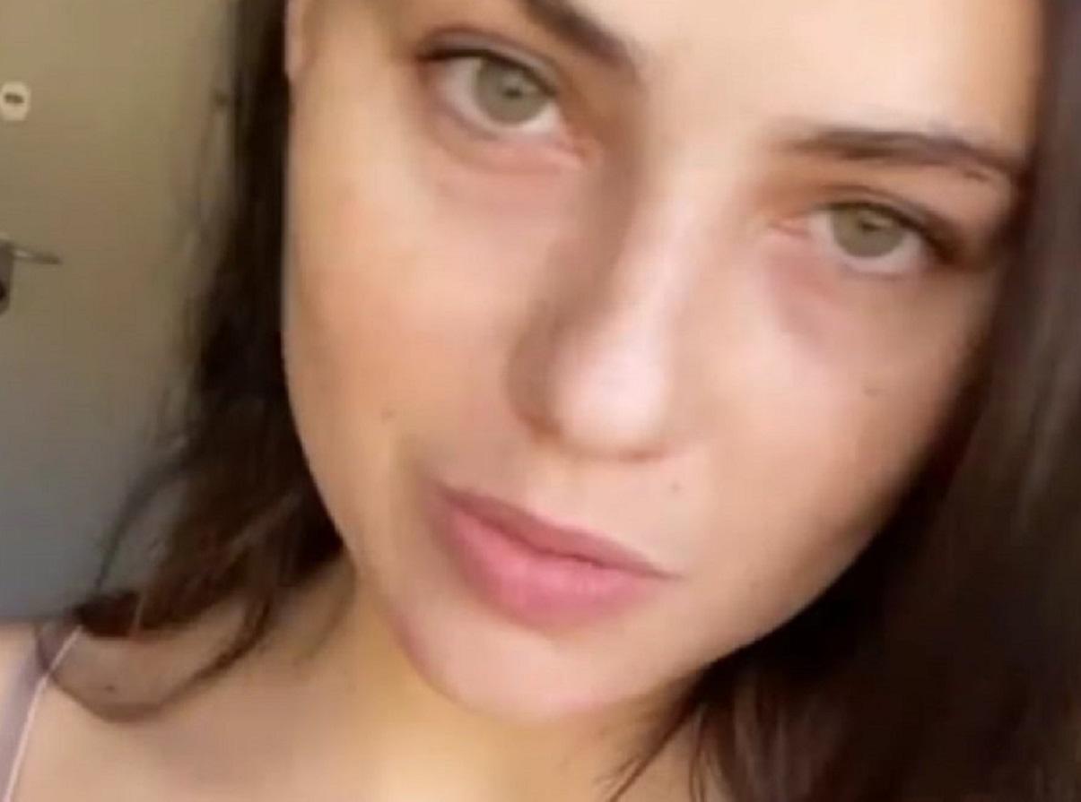 Rosalinda Cannavò dolori cervicali