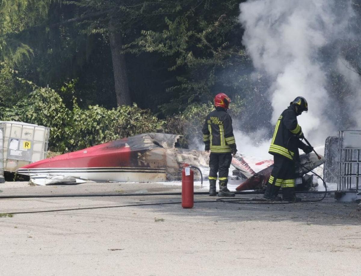 Aereo Turismo Caduto Morto Carbonizzato Pilota