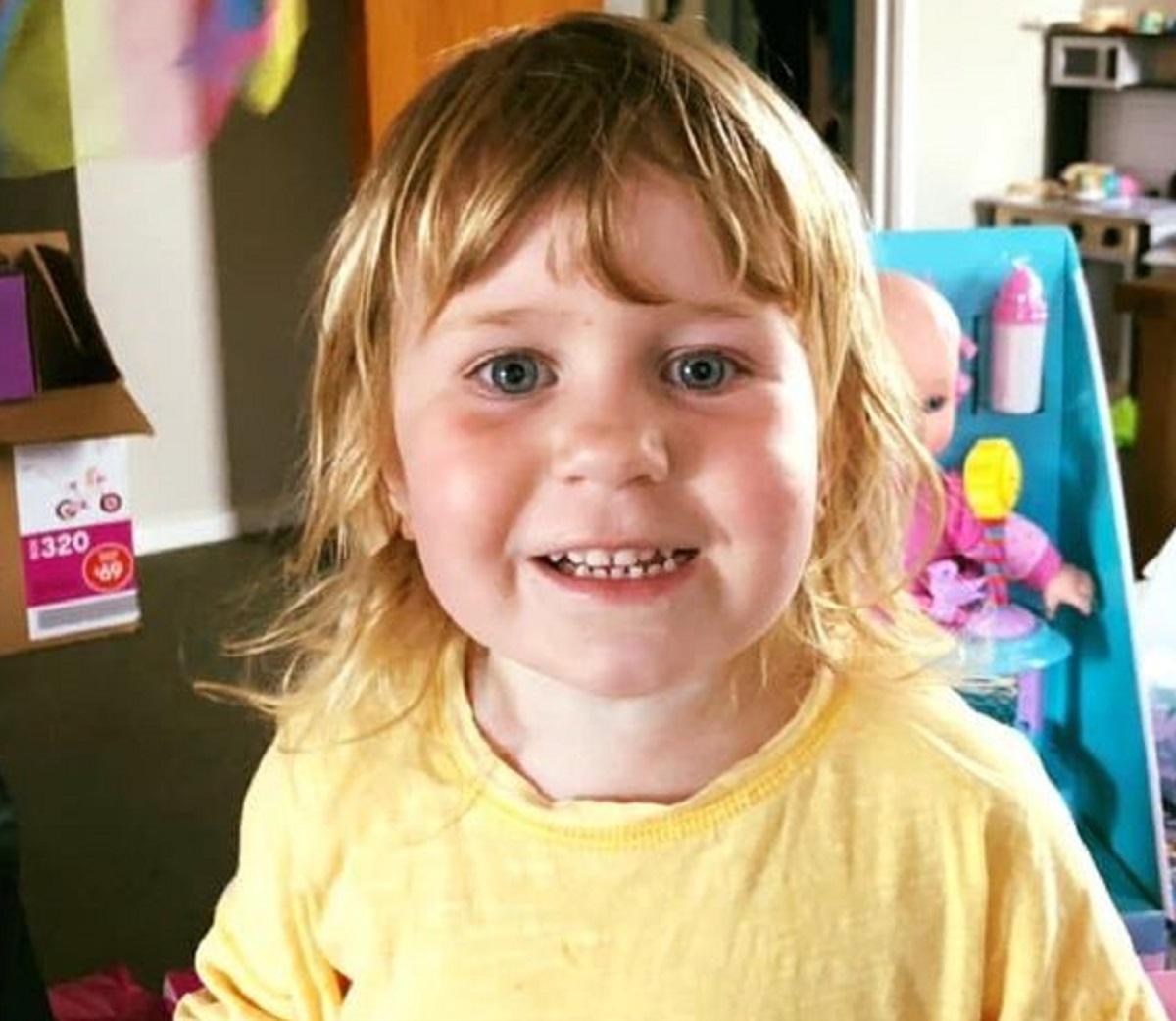 Amberlie Foley decesso 3 anni schiacciata parco-giochi