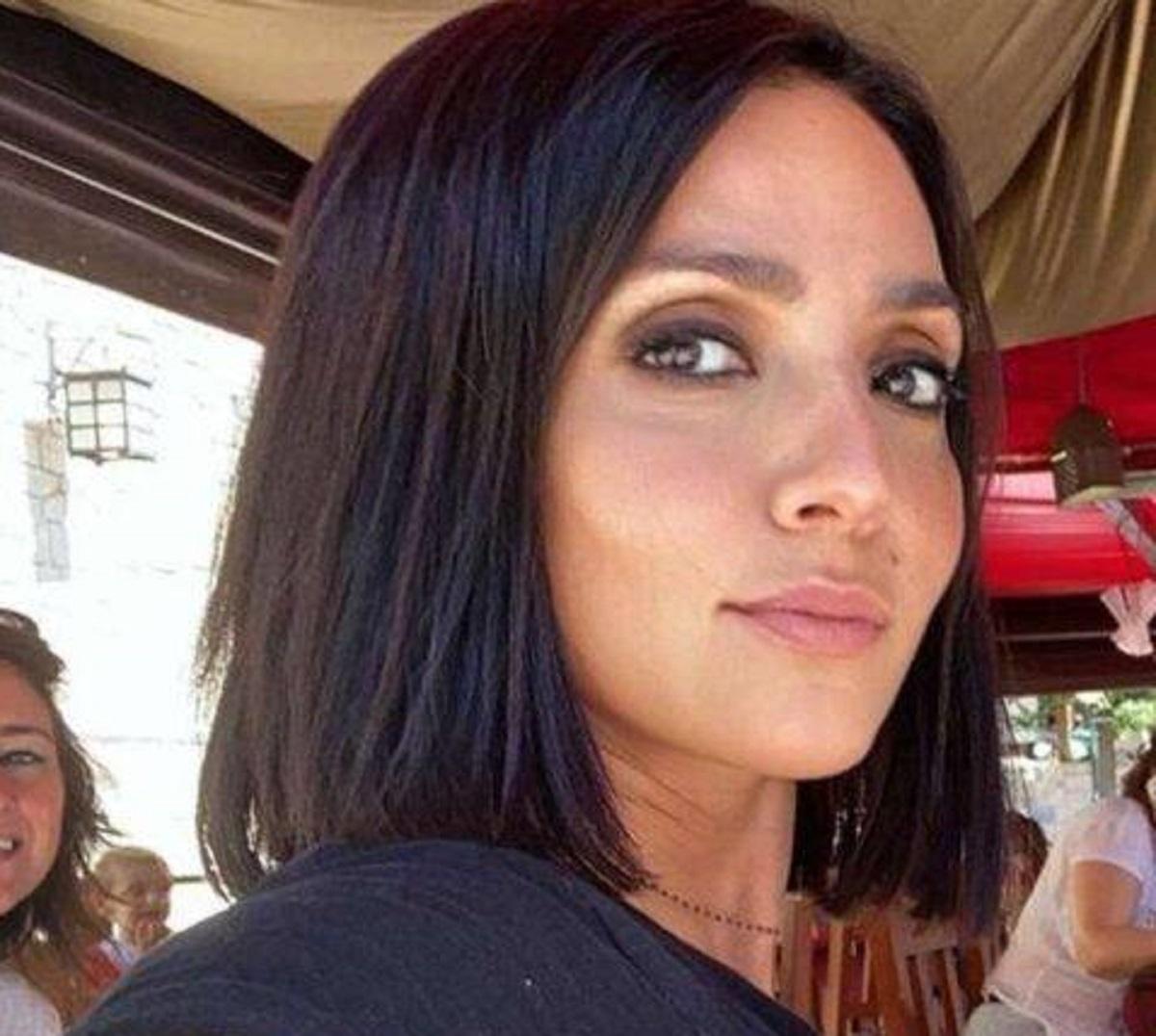 Ambra Angiolini figlia Jolanda maschera miracolosa capelli