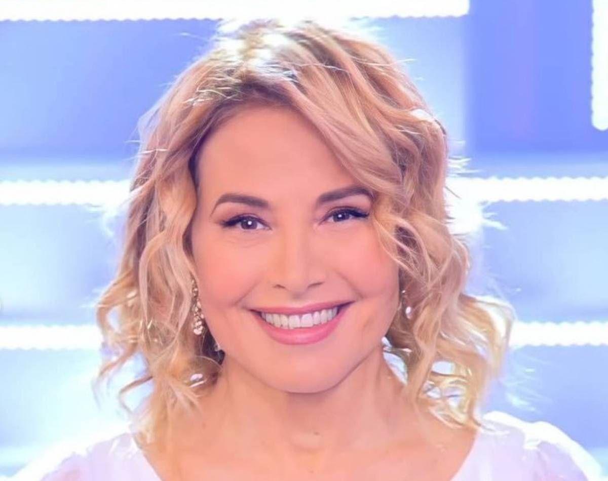 Barbara D'Urso Dedica Video Compleanno Raffaella Carrà