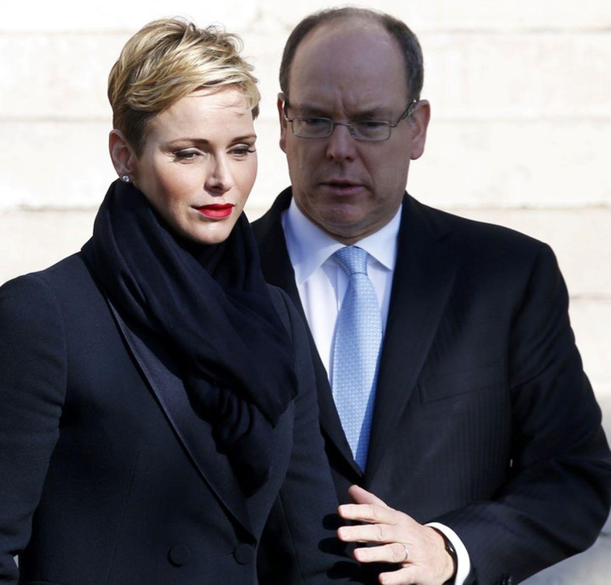 Charlène di Monaco Sta Male Operazione Complicazioni