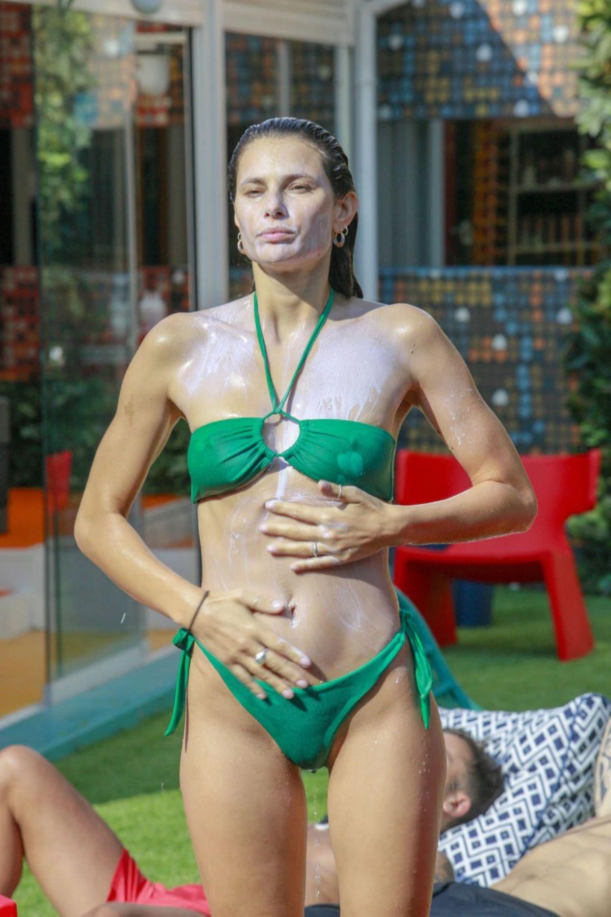 Dayane Mello Nudo Integrale Lato B Seno Instagram
