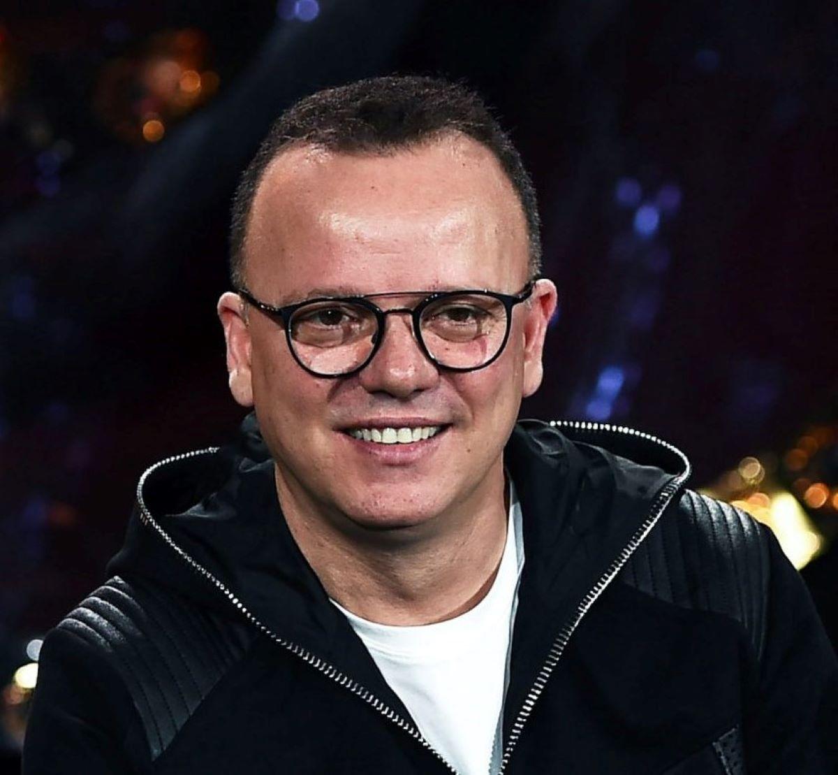 Gigi D'Alessio Regalo Figlio Luca Maturità