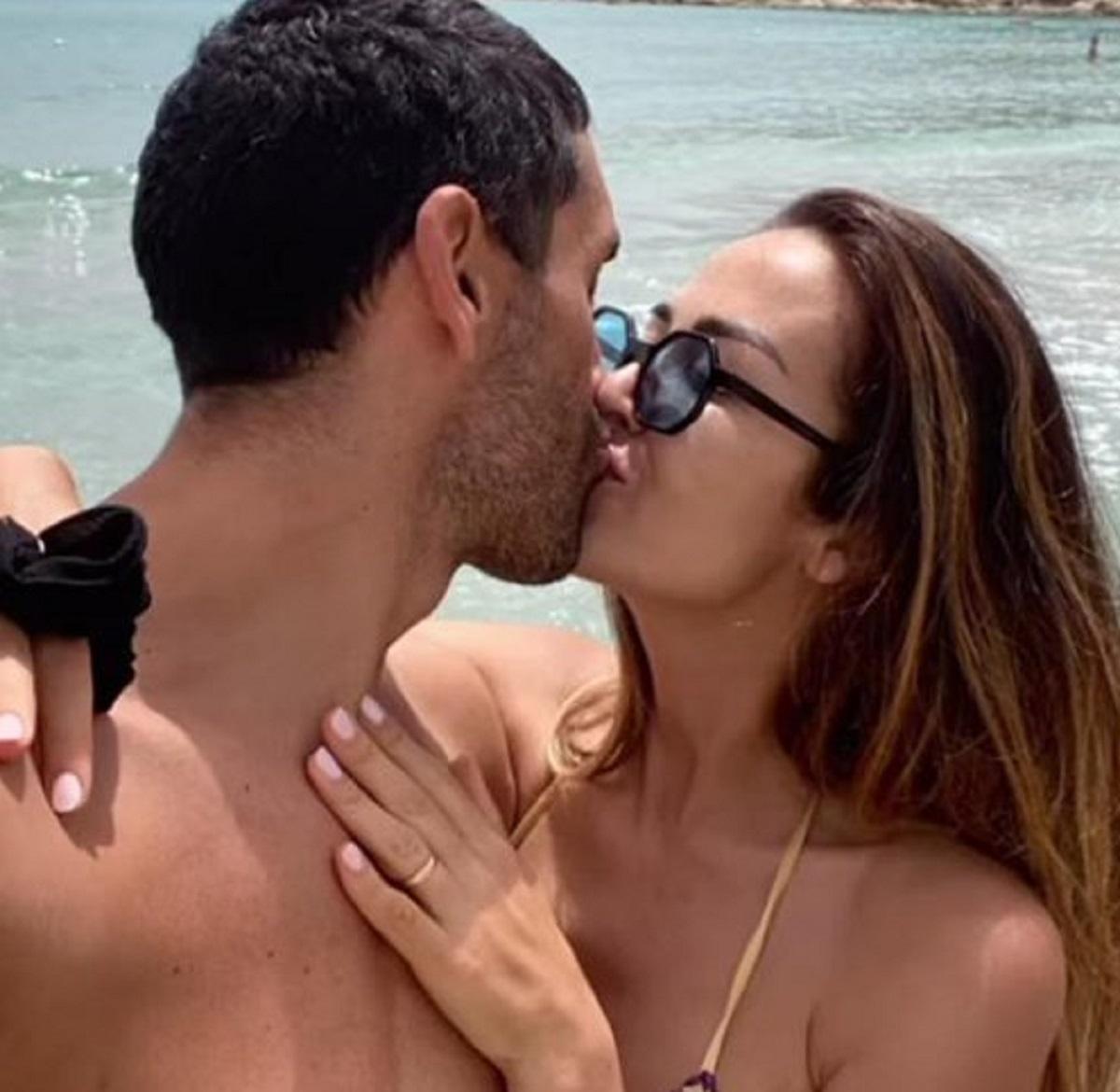 Giorgia Palmas Filippo Magnini vacanza sardegna