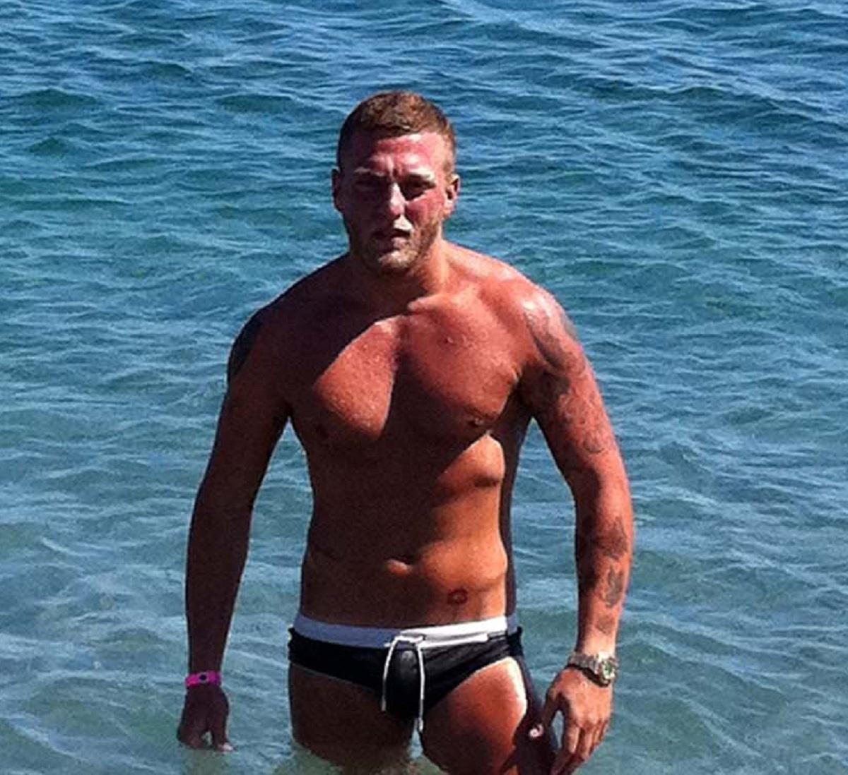 Ibiza sparatoria villa festa 28enne ferito Michele Guadagno autore