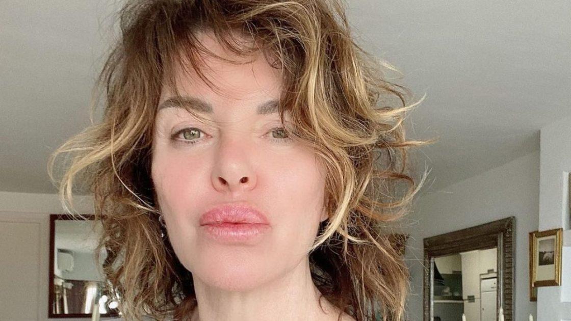 Alba Parietti Costume Critiche Foto Instagram