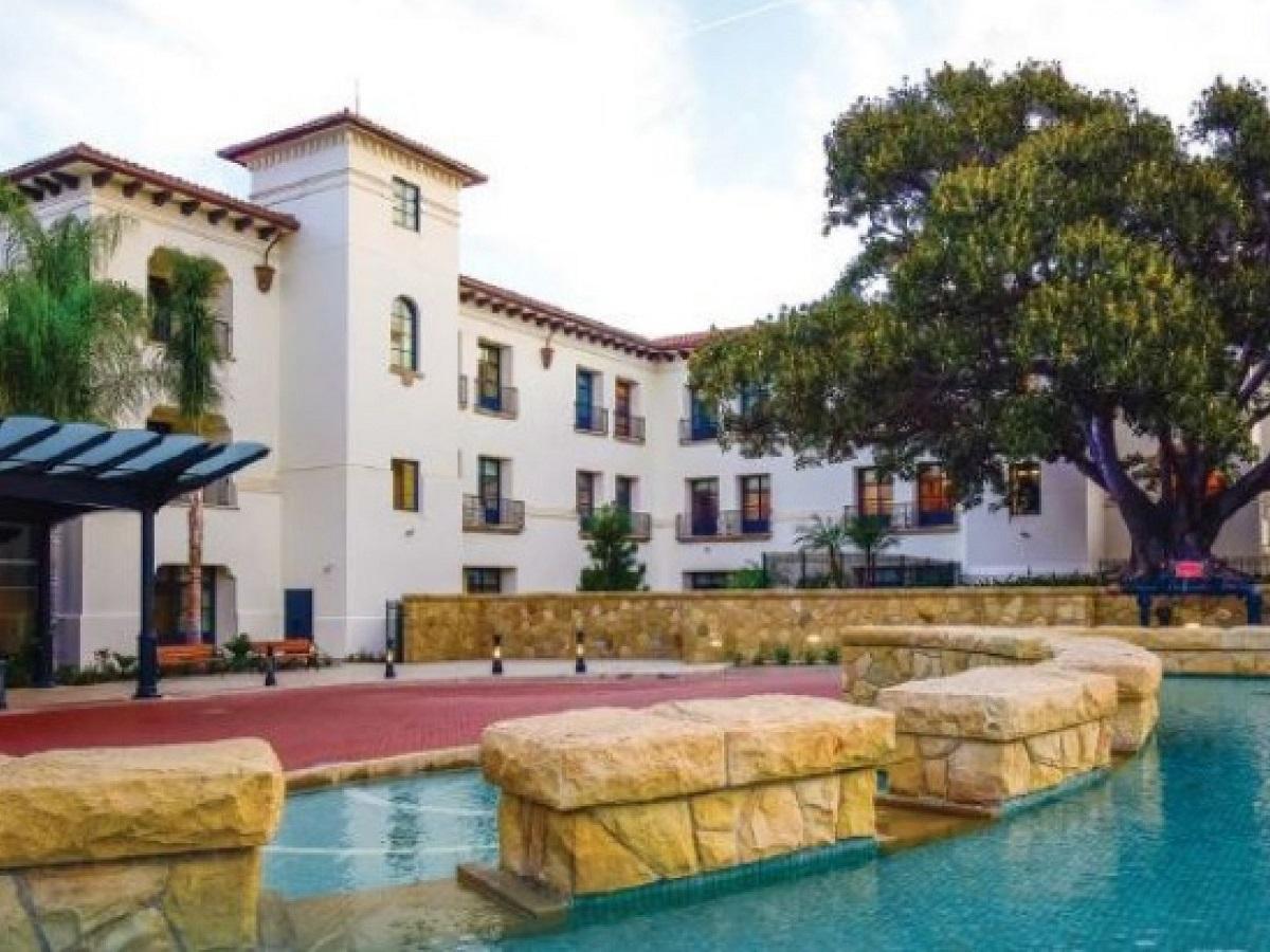 Meghan Markle parto figlia ospedale Santa Barbara Cottage lusso