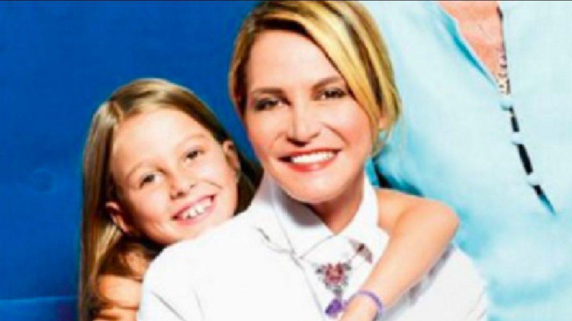 Simona Ventura, la figlia adottiva Caterina compie 15 anni