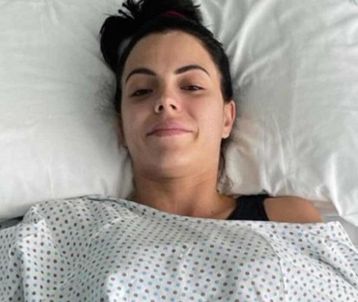 Shaila Gatta ex velina Striscia la Notizia intervento seno
