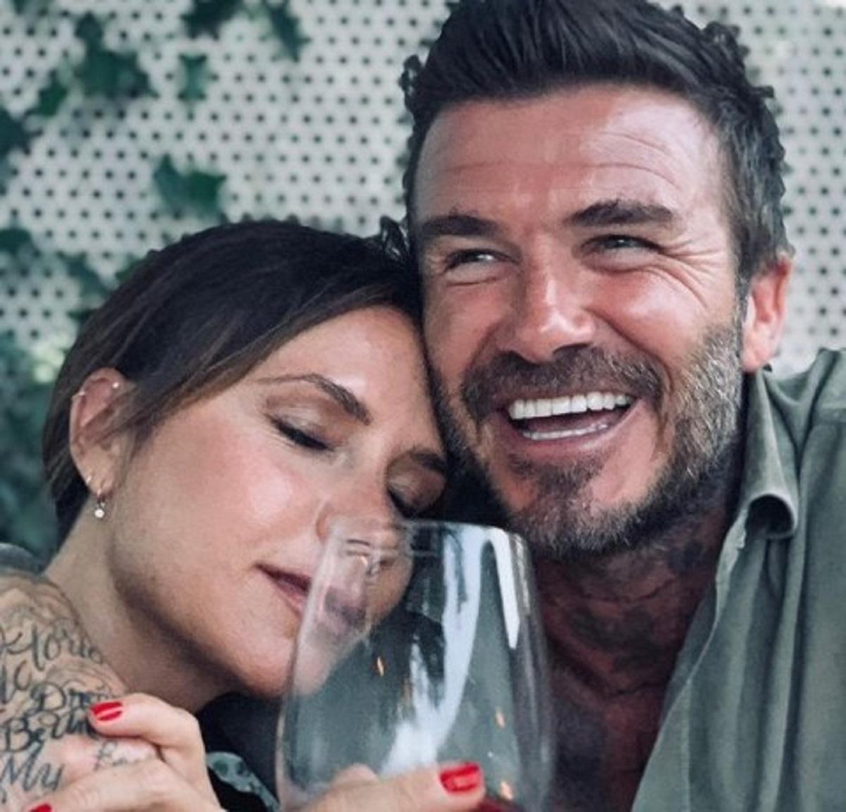 David Beckham foto petto nudo reazione Victoria moglie