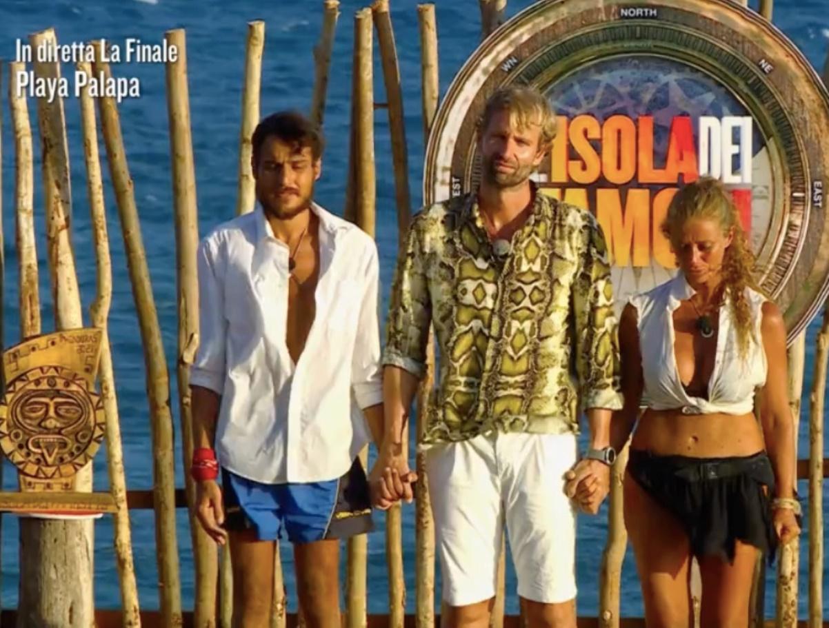 awed isola dei famosi vincitore