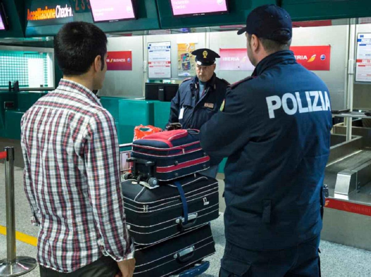 aeroporto controllo polizia