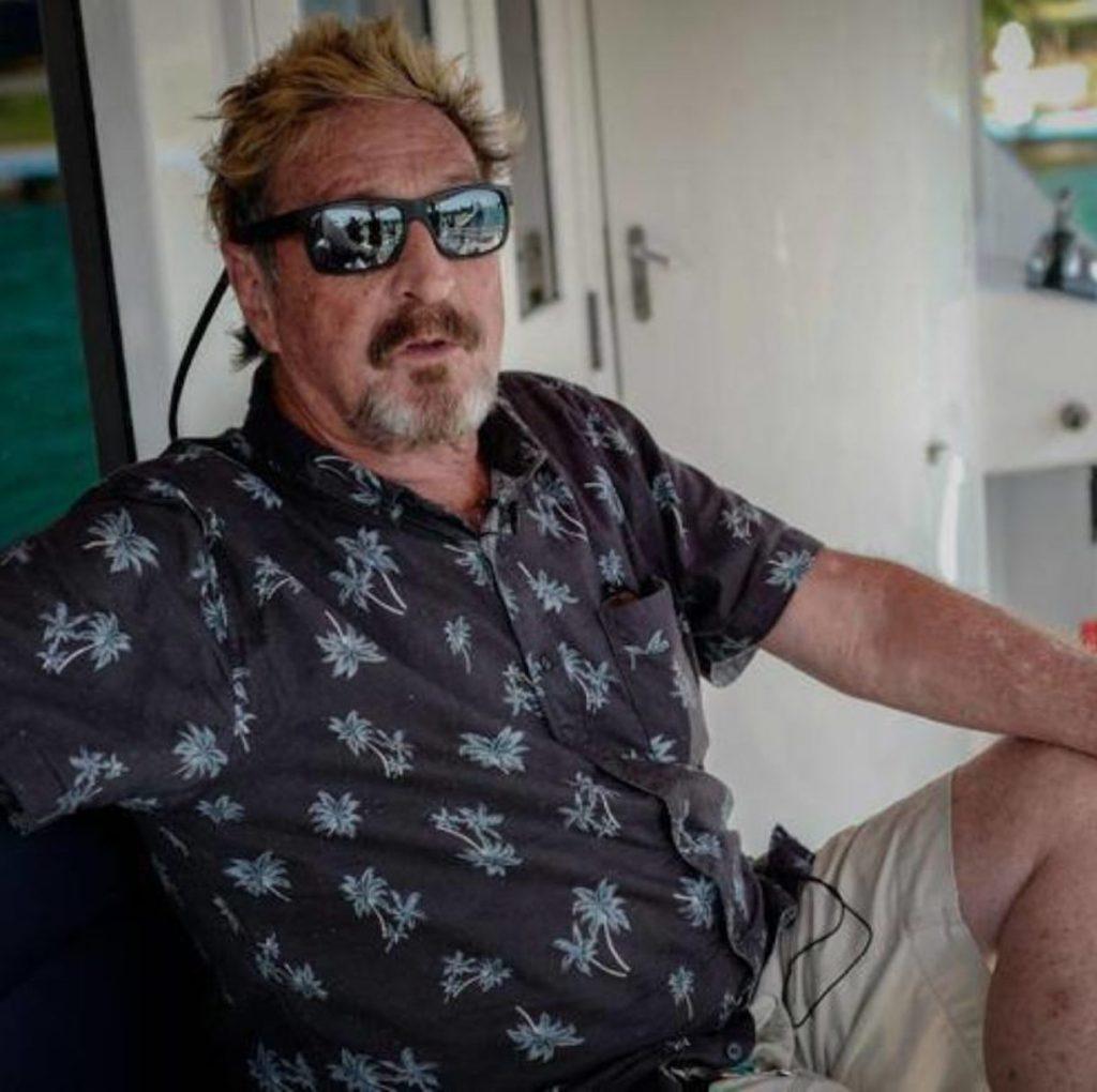 John McAfee morto suicida