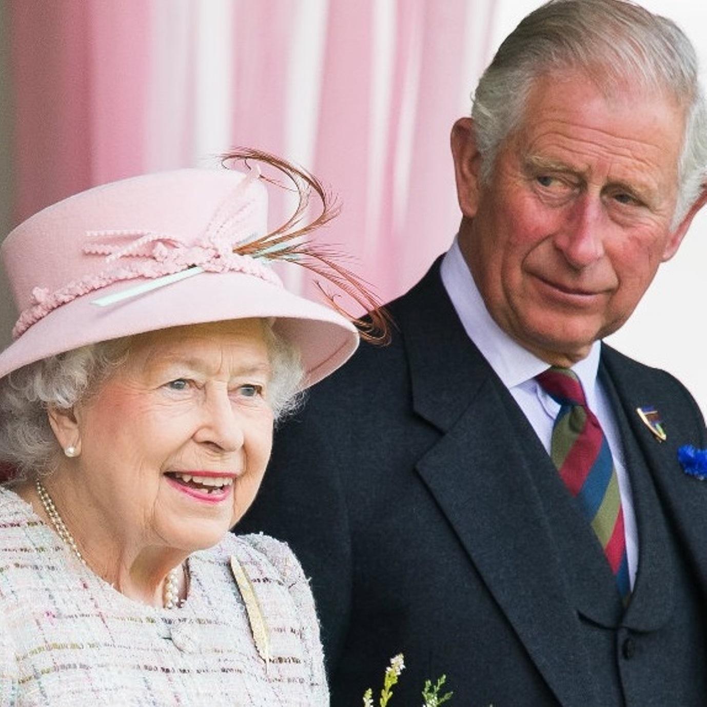 regina elisabetta principe carlo
