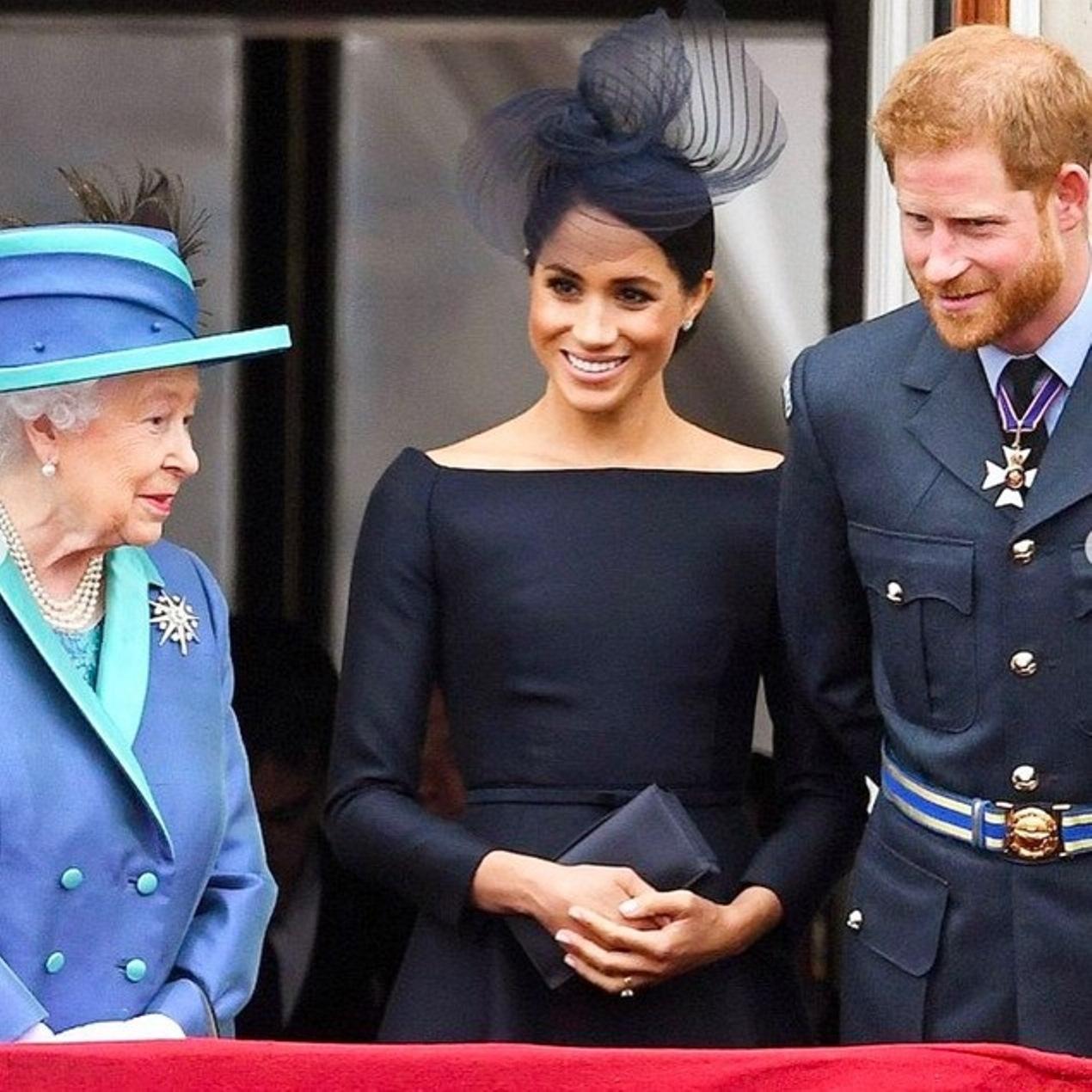regina elisabetta harry meghan