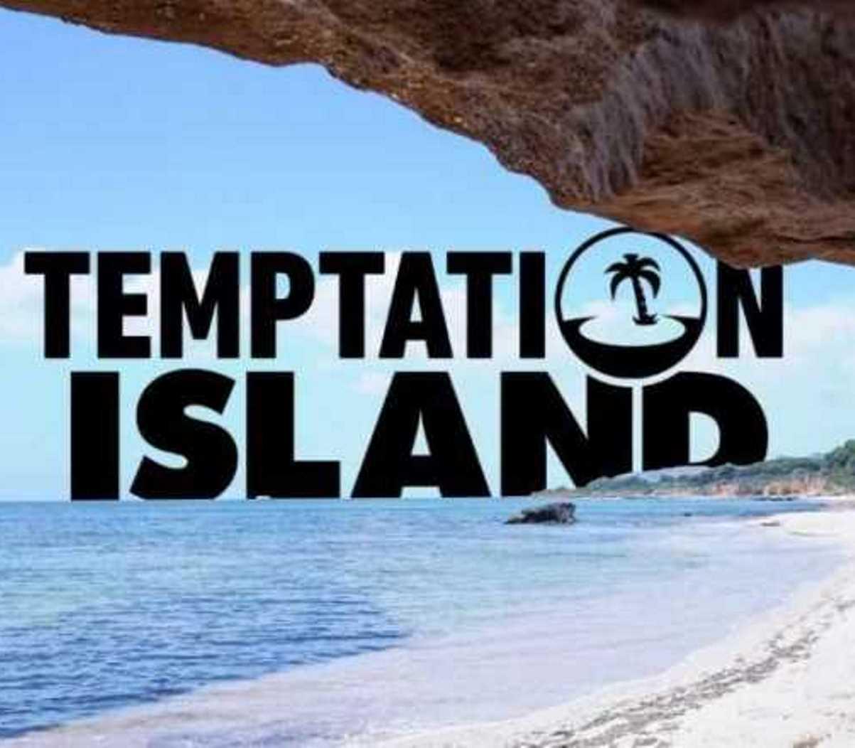 Temptation island 2021 coppia lascia villaggio