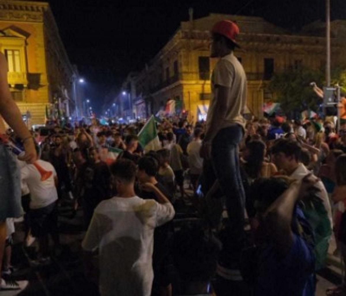 Caltagirone Giuseppe Di Martino 19 anni morto Italia festa