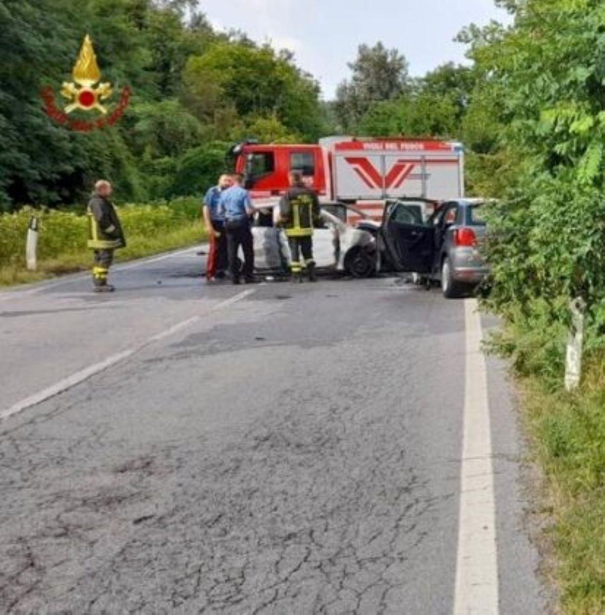 Incidente Fondovalle Tanaro Un Morto Due Feriti Scontro Frontale Auto Fiamme