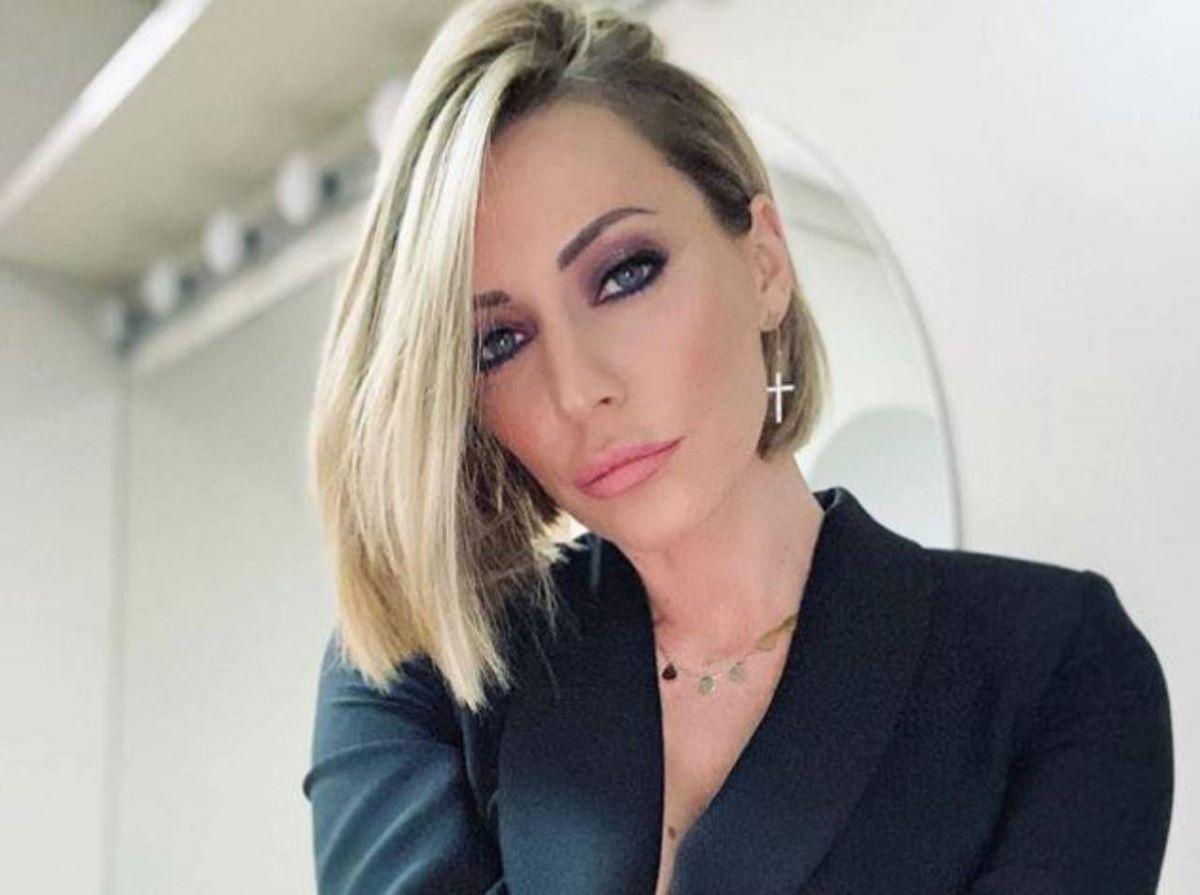Karina Cascella Attacco Uomini e Donne Gemma Galgani